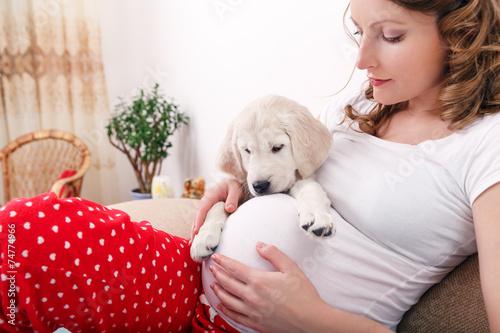 Беременная с кобелем