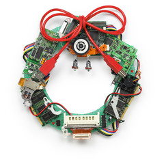 geeky christmas wreath made by old computer parts