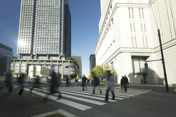 東京 丸ノ内 ビジネス街 イメージ スローシャッター