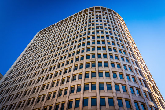 Looking up at the Brandywine Building in downtown Wilmington, De