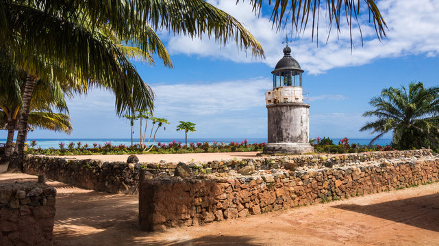 Lighthouse on île aux nattes