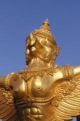 goldene Buddhistische Statue in Thailand