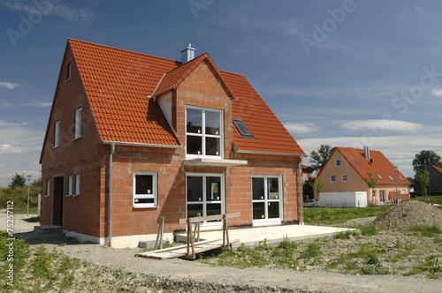 Baustelle rohbau einfamilienhaus stockfotos und for Baustile einfamilienhaus
