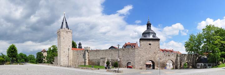 Mühlhausen - Stadtmauer mit Rabenturm und Frauentor