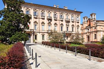 Palazzo Mezzabarba, Pavia