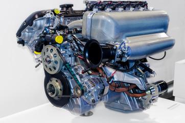 Bilder und Videos suchen: motorteile