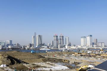 豊洲新市場建設地の建設現場から晴海を望む