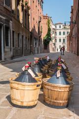 Bouteilles de vin à Venise