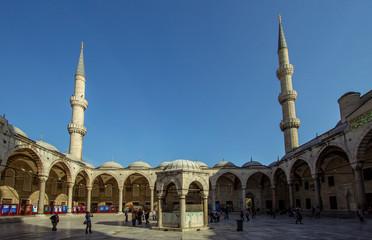The Blue Mosque yard, Sultanahmet Camii , Istanbul, Turkey