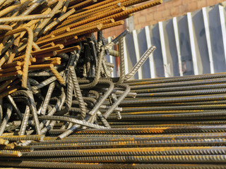 Bundle of rusty bars for reinforcement of concrete