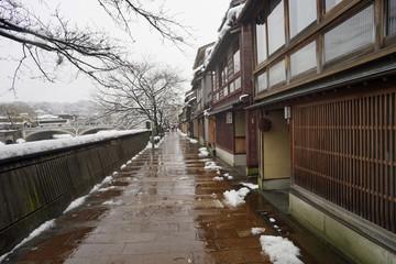 金沢 雪の主計町