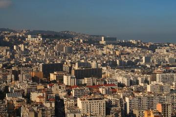 Alger la blanche, Algérie