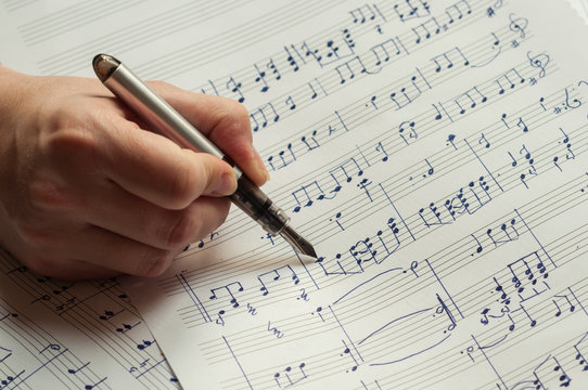 Writing music notes with a fountain pen