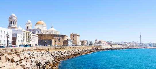 Fototapete - Sunny day in Cadiz - Spain