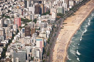 Ipanema Beach Curves