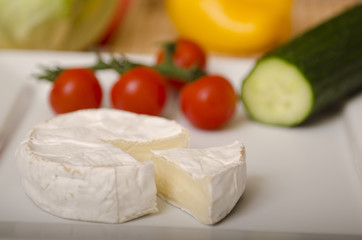 ser pleśniowy na talerzu