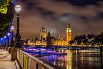 Photo sur Plexiglas Londres Big Ben and Westminster Bridge at night, London, UK