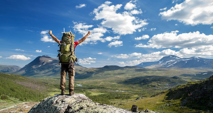 Hiker feels free!