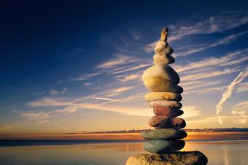 Pyramidal stack