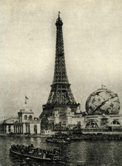 Globe Céleste beside the Eiffel Tower (Paris, 1900)