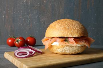 panino con salmone affumicato