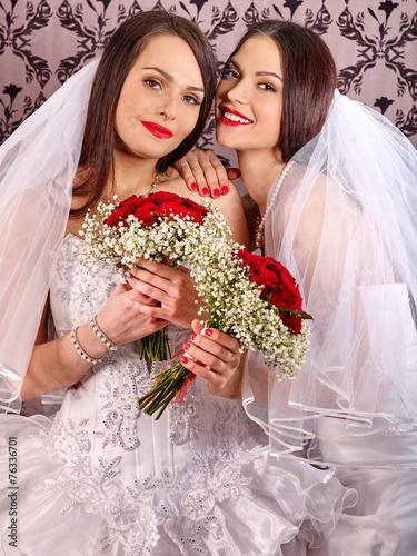 nayti-devushku-lesbiyanka-poznakomitsya
