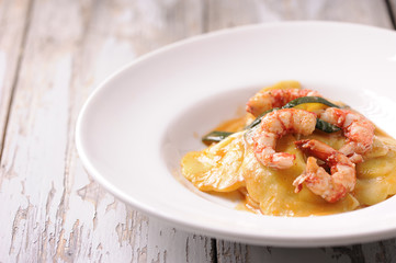 Italian ravioli and shrimp starter
