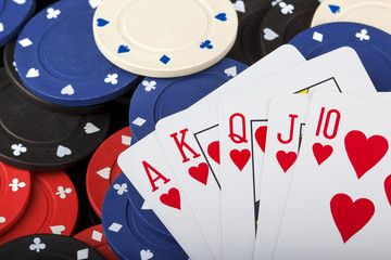 royal flush on poker table