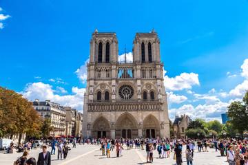 Wall Mural - Notre Dame de Paris cathedral