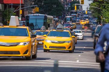 Fift avenue yellow cab 5th Av New York Manhattan