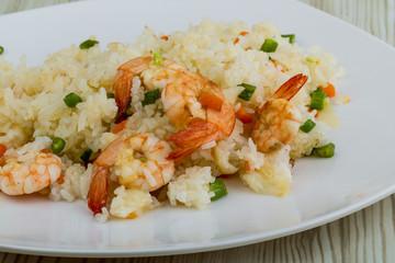 Fried rice with prawns