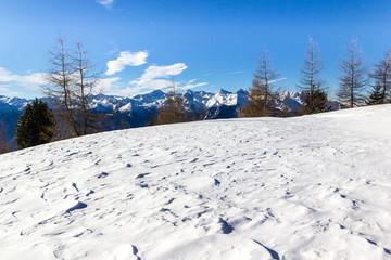 Wall Mural - Manto nevoso in montagna
