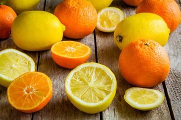 ripe mandarins and lemons