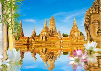 décor aquatique sur fond de temple de Wat Chaï