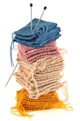Carrées de laine tricotés