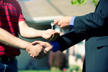 Home: Agent Congratulates Homebuyer