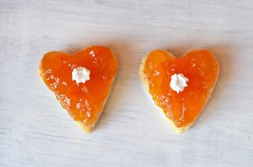 Печенье сердечки.