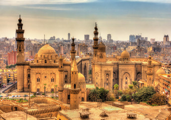 Photo sur cadre textile Egypte View of the Mosques of Sultan Hassan and Al-Rifai in Cairo - Egy