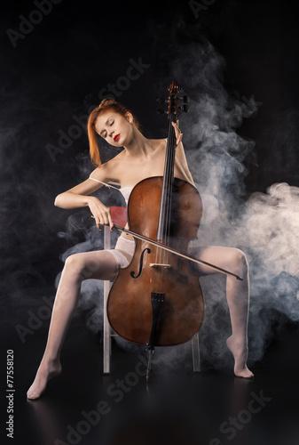 demi moore sitting crossed leg