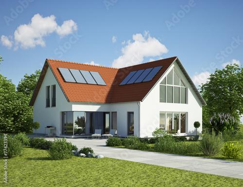 Einfamilienhaus dach rot tag stockfotos und lizenzfreie for Modernes haus mit holzfenster
