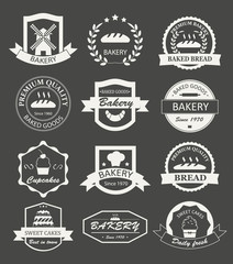 Retro bakery logos, badges and labels set. Baked goods design el