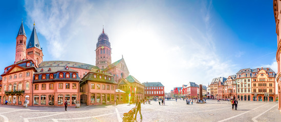 Mainzer Dom und Domplatz Panorama Fototapete