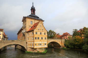 Obere bridge (brücke) and Altes Rathaus and cloudy sky