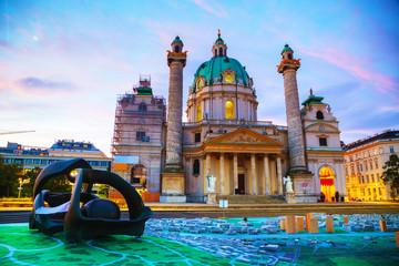 Fond de hotte en verre imprimé Vienne St. Charles's Church (Karlskirche) in Vienna, Austria