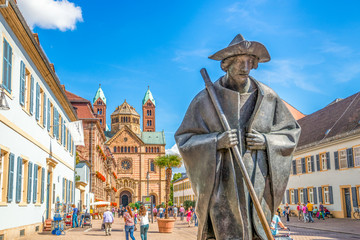 Pilgerfigur und Dom zu Speyer Via Triumphalis Wall mural