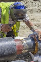 welding a heat pipe segments on the pipeline