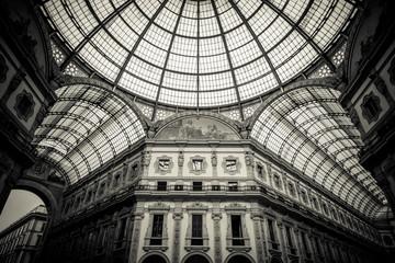 Tuinposter Milan Dome of Galleria Vittorio Emanuele II, Milan Italy