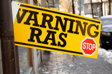 Varning ras