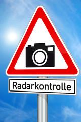Verkehrszeichen Vorsicht Radarkontrolle