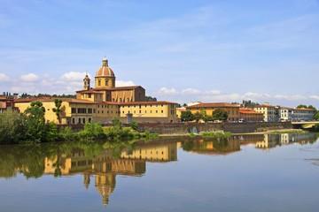 Флоренция. Набережная реки